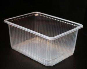 przezroczyste plastikowe pojemniki